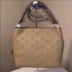 ❤️New MCM Klara Hobo bag Medium Monogramed Leather